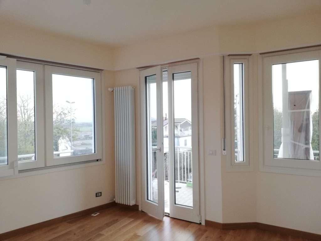 serramenti-ivrea_brianese_posaqualificata4: finestre posate nel modo corretto